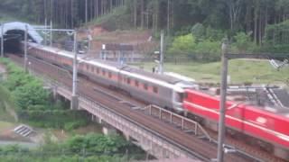 EH800牽引のカシオペア紀行。 本州側の青函トンネル突入シーンです。 ty...
