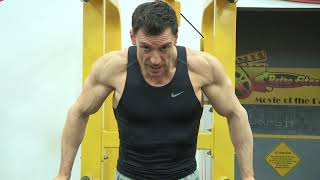 How to do Dips for Big Chest and Triceps, Vicsnatural