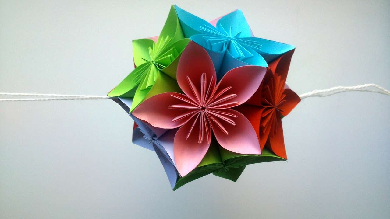 How to make beautiful paper flower decorations diy for Flower decoration made of paper