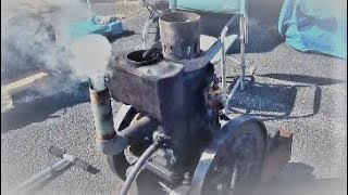 Hot-bulb engine 焼玉エンジンとは(農業用小型発動機)Small Japanese ball 2 cycle engine.