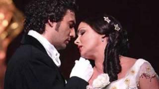 Anna Netrebko & Jonas Kaufmann - Parigi o Cara - La Traviata('Parigi o cara', duet from La Traviata, by Giuseppe Verdi. Giuseppe Verdi, La Traviata Anna Netrebko, Violetta - soprano Jonas Kaufmann, Alfredo - tenor ..., 2009-03-16T02:53:53.000Z)