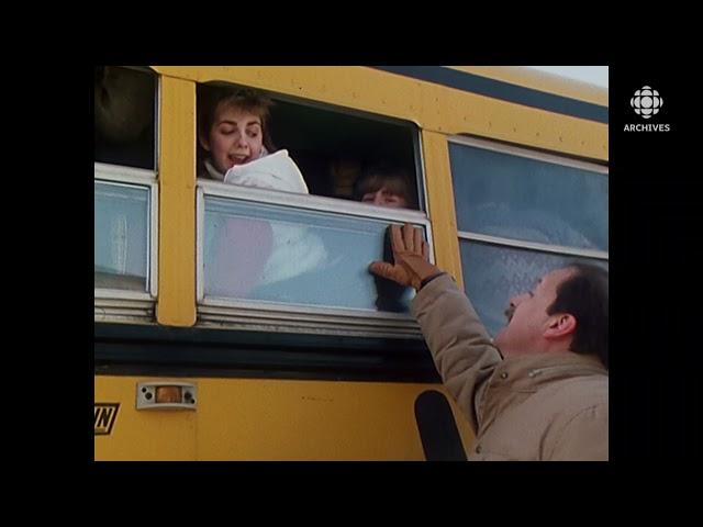 S'entasser dans un autobus scolaire, un défi de taille en 1984