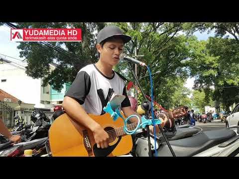 Tak Pernah Padam - Shandy Sandoro (Cover Musisi Jalanan Malang)