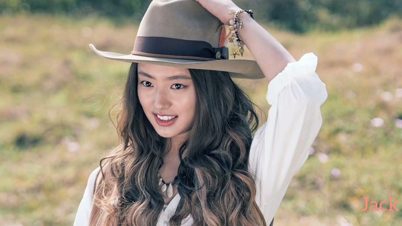 Download Romantic love status 😍/Vanguard /Beautiful Xu Ruohan 🥰/Jackie Chan /Yang Yang