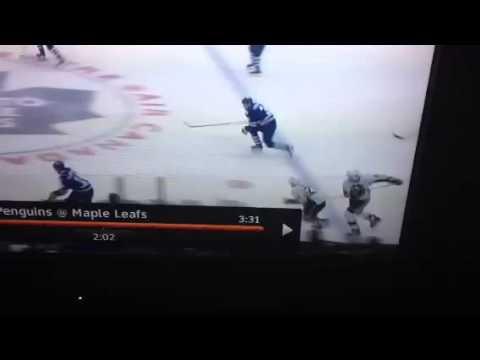 NHL Pittsburgh Penguins Tanner Glass hooks own tea...