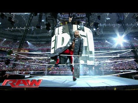 Edge returns to Raw! - Monday at 8/7 on USA Network: Raw, Sept. 2, 2013