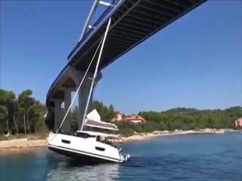 Scotty Davis - Dude Gets Sailboat Stuck Under A Bridge