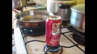 Condensación del vapor en lata de bebida