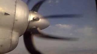 """Illusion of Antonov-24 propeller """"deformation"""" in flight"""