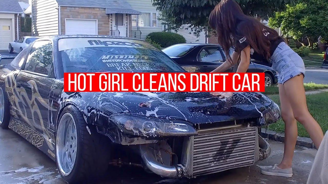 Boobs Girls Washing Cars Nude HD