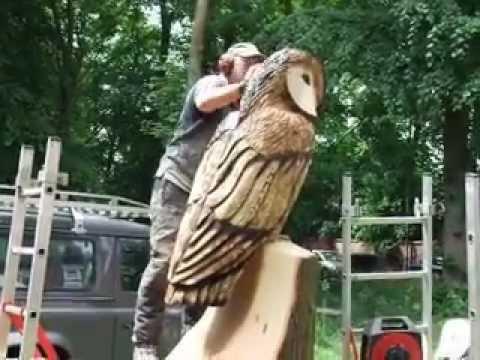 Tim Burgess, chainsaw sculptor