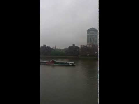 James Bond theme Queens Jubilee Flotilla