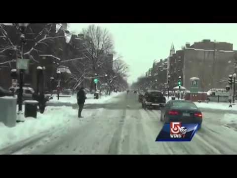 Storm leaves Newbury Street sloppy, snowy mess