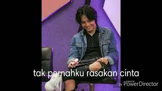 Download lagu Lyric Video Mata kehati - Hivi (Ost.Dear Nathan) Album Jefri Nichol