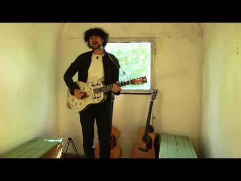 Philip Bölter bei www.bauawgenmusik.de