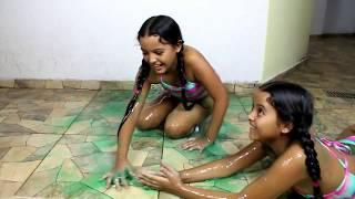 Brincando de Slime Baff - Diário das Gêmeas