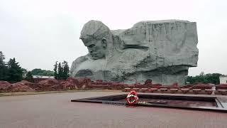 Памятник погибшим во 2-ю мировую войну
