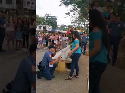 Police Officer Plots To Surprise Girlfriend With Proposal