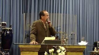 ¿Quién  Saltó Del Anonimato A La Mesa Del Rey? (1 d 5) Pastor Moisés Román