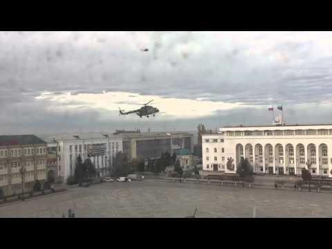 Смотреть Медведев в Махачкале на вертолете Medvedev in Makhachkala on helicopter онлайн