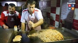 Kokoreç Istanbul Epic Street Food - Кокореч Царь уличной еды Стамбула