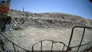 Insiden fatal excavator tambang terbalik saat beroperasi