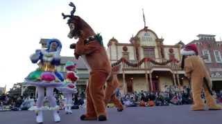 東京ディズニーランドで2015年クリスマス期に開催されているパレード「...