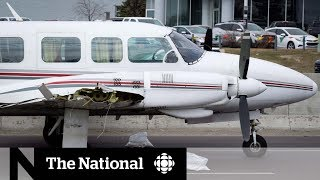 Pilot makes emergency landing on Calgary street