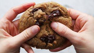 The Best Ever Vegan Chocolate Chip Cookies