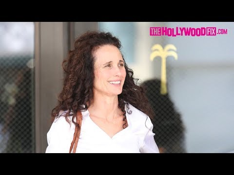 "Andie MacDowell From ""Groundhog Day"" Has Lunch At The Palm Restaurant In Beverly Hills 9.5.17"