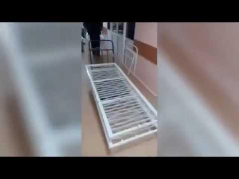 В Омской больнице пациентов кладут на раскладушки. Новости ШОК .