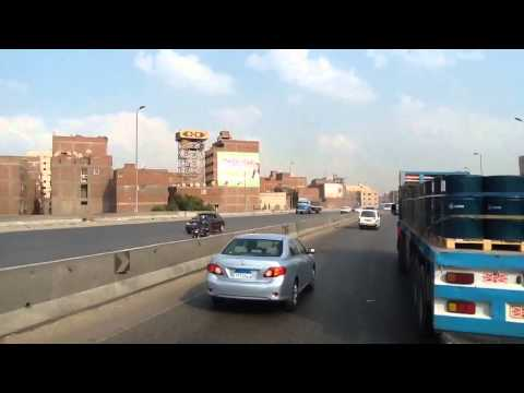Jalan di Kairo ibu kota Mesir