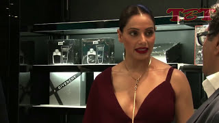 Bollywood Actress Embarrassing OOPS Moment | CAUGHT on Camera
