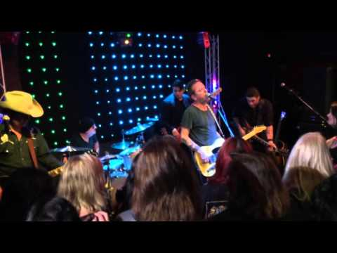 The Kiefer Sutherland Band - Down In A Hole LIVE 10/06/2015 @ Toot