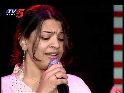 Rojalo Letha Vannele Song by Geeta Madhuri | Veyi Ragala Ilayaraja : TV5 News