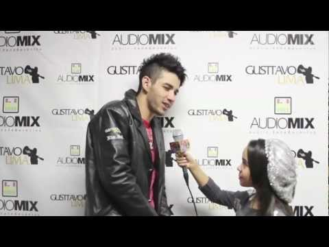GUSTTAVO LIMA USA TOUR 2012 ENTREVISTA EXCLUSIVA AO VICKY TALKING A LOT SHOW