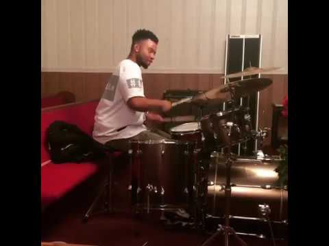 Aaron Smith drums