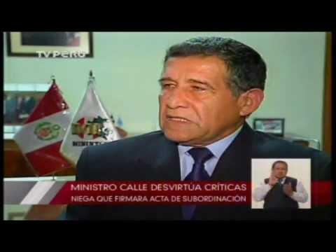 Ministro Calle Gir�n: † No tengo amistad con Saucedo, ni generales corruptos †