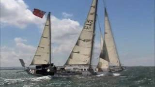Mike Golding sails Gipsy Moth IV