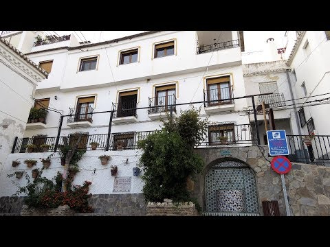 Soportujar. Large Town House. Ref:0063.