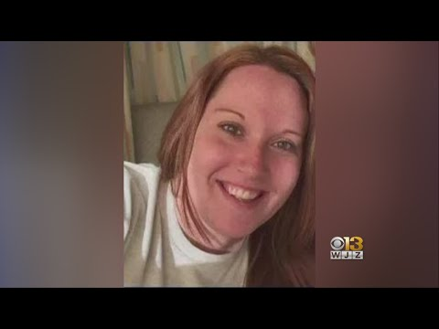 27-year-old woman dies in crash; driver flees on foot from YouTube · Duration:  2 minutes 4 seconds