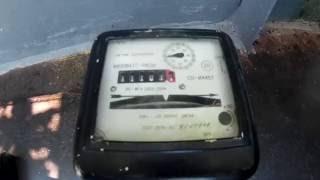 Старый однофазный счётчик электроэнергии