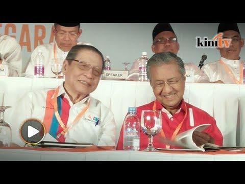 Mahathir: 1MDB scandal even led Kit Siang to quote Quran