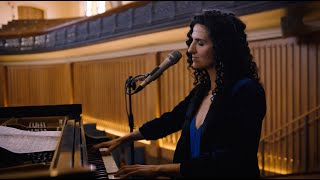 LAILA BIALI - Take Me To The Alley (Gregory Porter cover) - live acoustic version