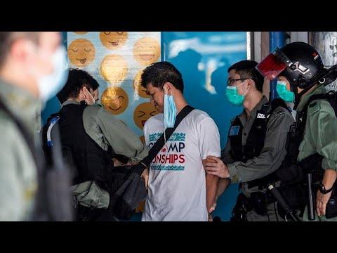 شاهد: تجدد المواجهات بين المتظاهرين وقوات مكافحة الشغب في هونغ كونغ…  - 07:58-2020 / 5 / 11