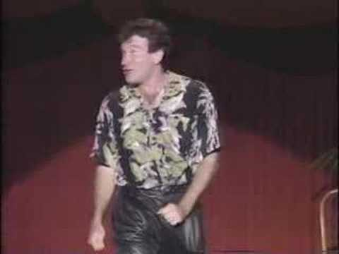 An Evening With Robin Williams - Women and Puberty