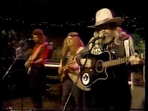 David Allan Coe - You Never Even Called Me By My Name (Live)