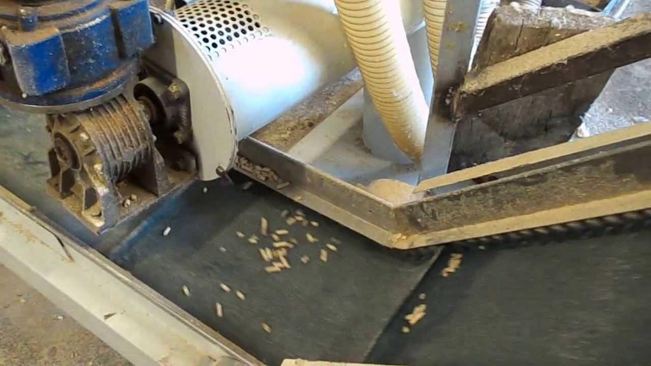 Macchina pellets la meccanica youtube for Impianto produzione pellet usato