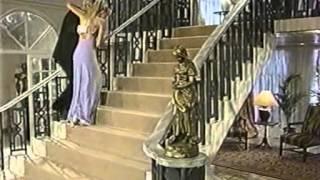 видео Смотреть сериал Богатые / The Riches 1 сезон онлайн бесплатно