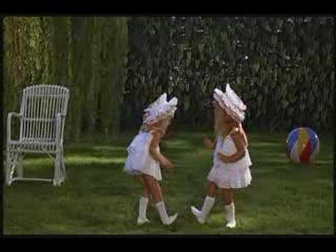 Juliet Of The Spirits - The Baby Dance Jump Cut